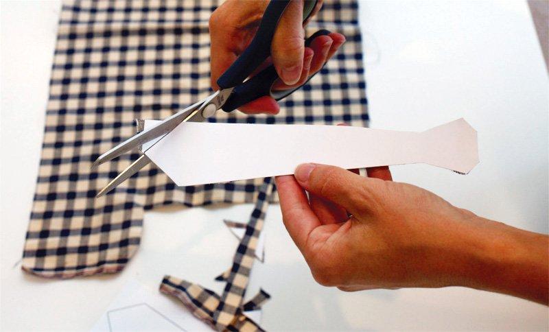 diy-neck-tie-garland-tutorial_5