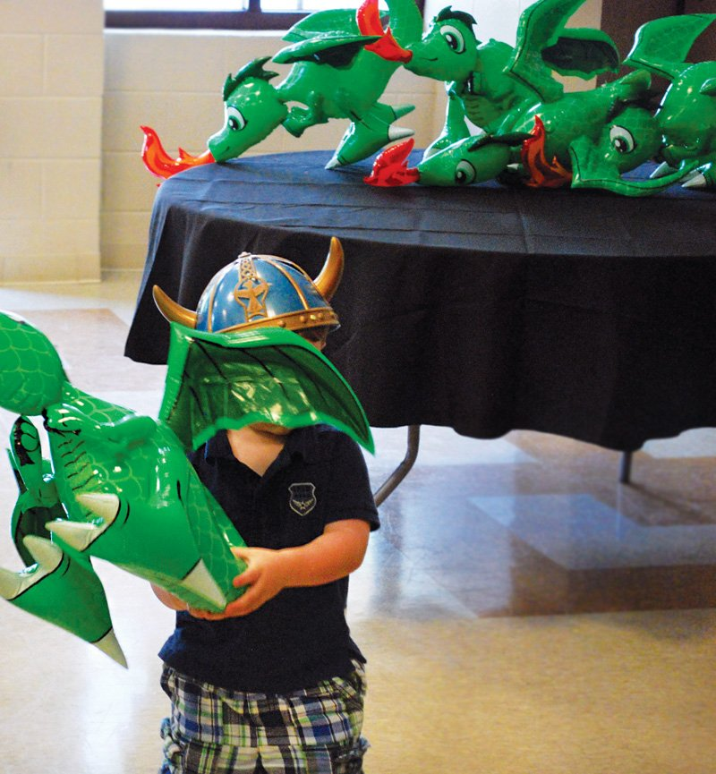 blow up dragon party favors