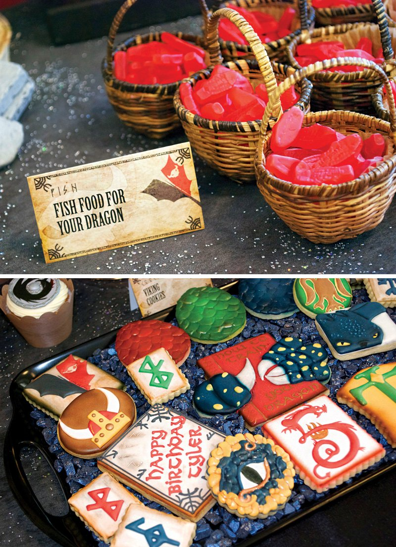 Woodsy how to train your dragon birthday party hostess with the how to train your dragon cookies ccuart Image collections