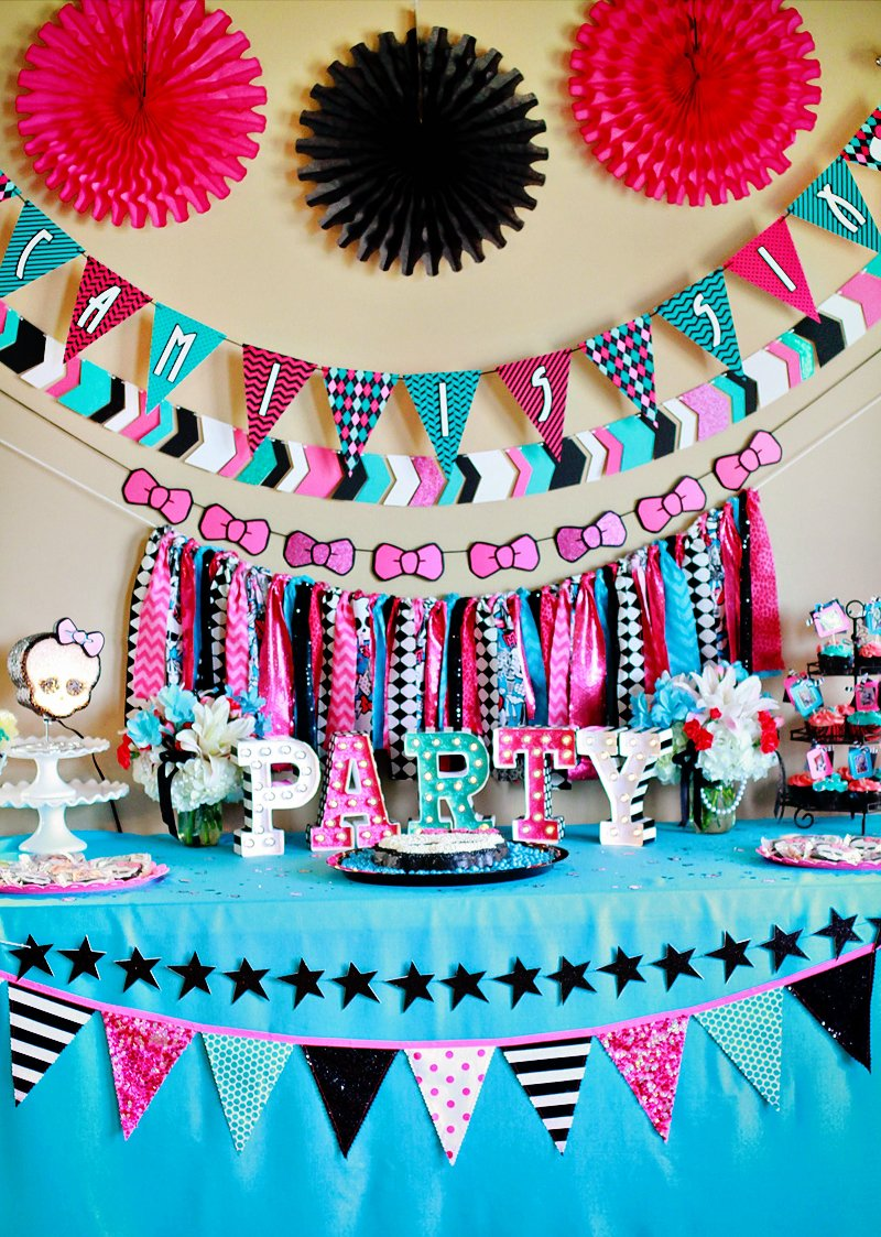 Ghoulish & GLAM Monster High Birthday Party // Hostess with the Mostess®