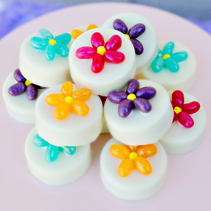 Flower topped oreo cookies