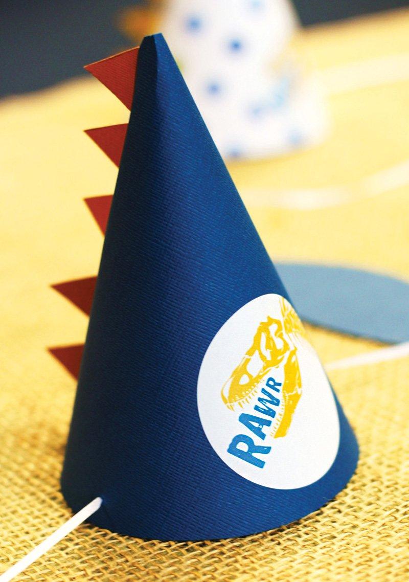 DIY dinosaur birthday party hat