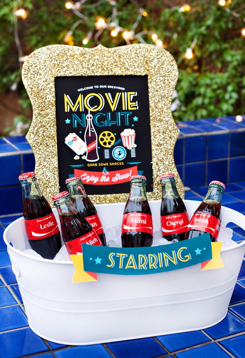 outdoor movie night drinks