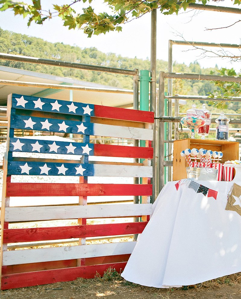 American flag painted wood palette