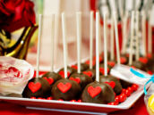 queen of hearts cake pops