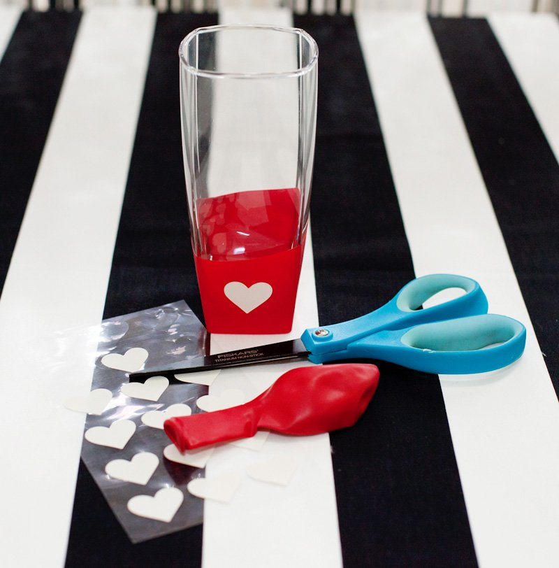 Balloon Dipped Glasses - Materials