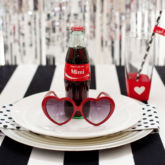 retro modern place setting - red black white