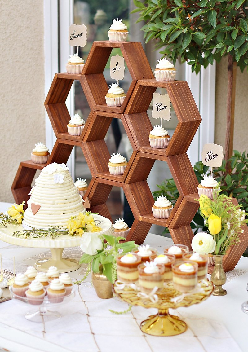 diy honeycomb party backdrop