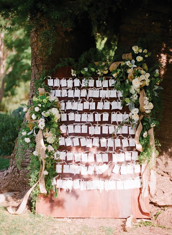 wedding place cards tree display