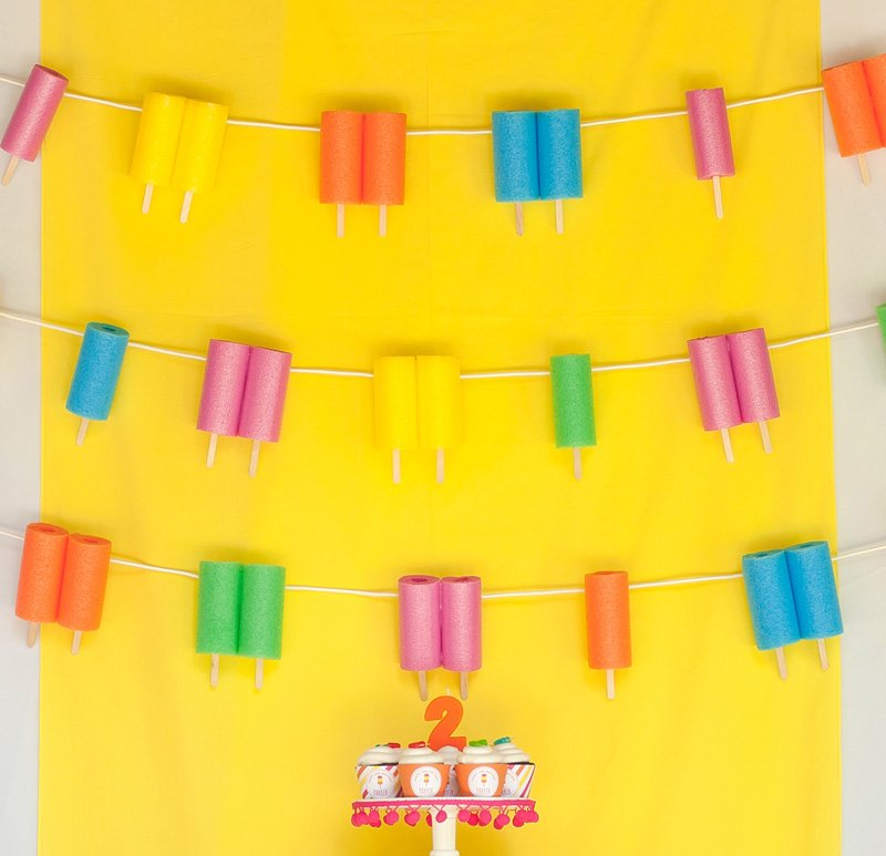 diy pool noodle popsicle backdrop