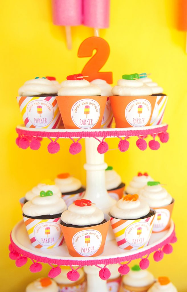 popsicle cupcakes with diy candy toppers