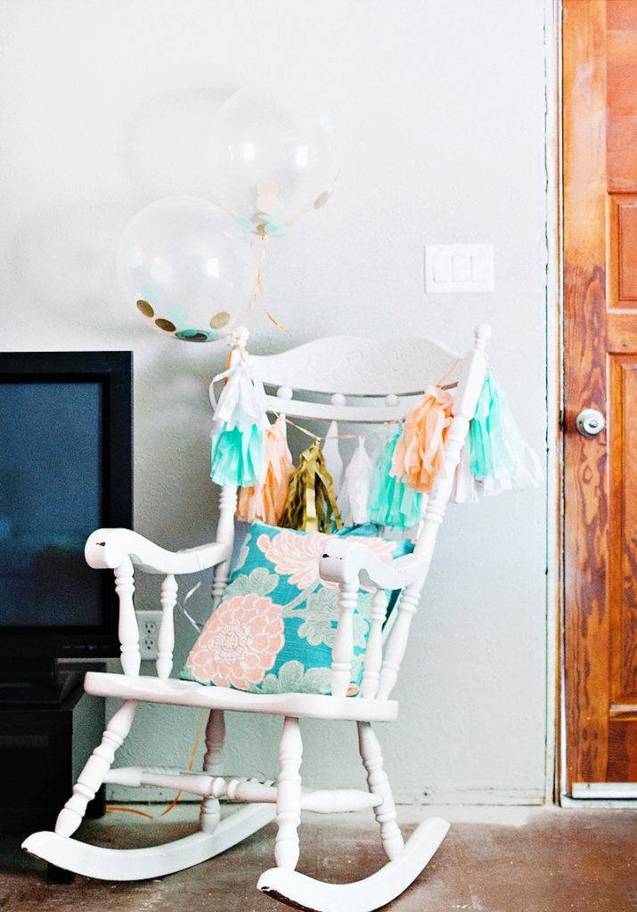Baby shower rocking chair - Blooming Baby Shower