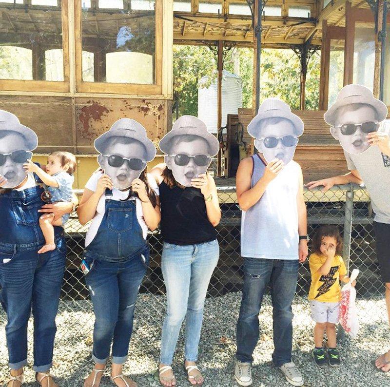 face-cutout-photo-booth-prop