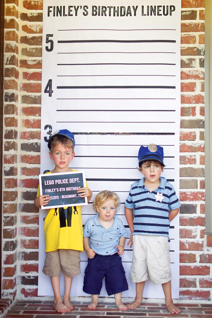 police lineup photo booth