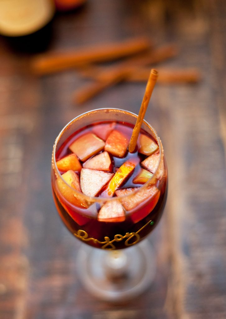Apple Sangria Recipe for Fall Parties