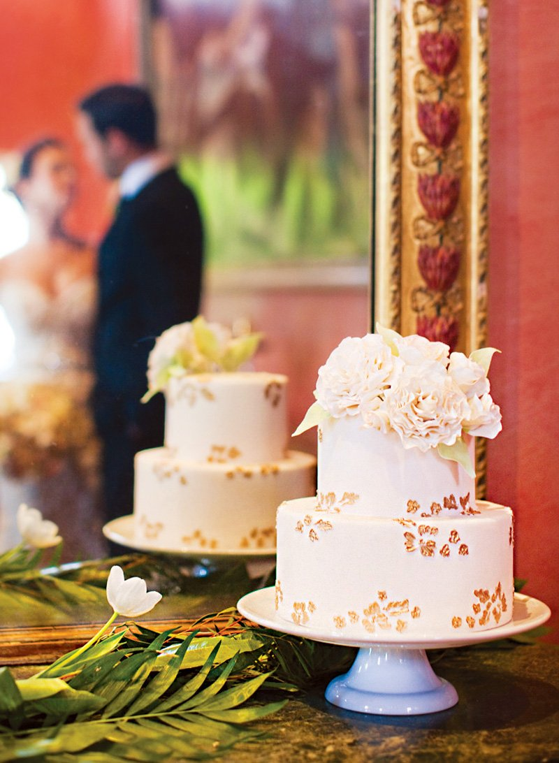 Elegant Autumn Wedding Inspiration {Gold & Cream}