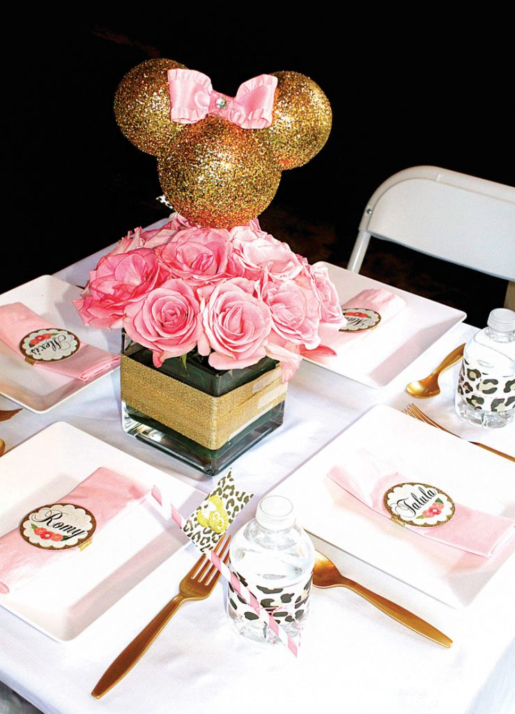 DIY gold glitter minnie mouse table centerpiece