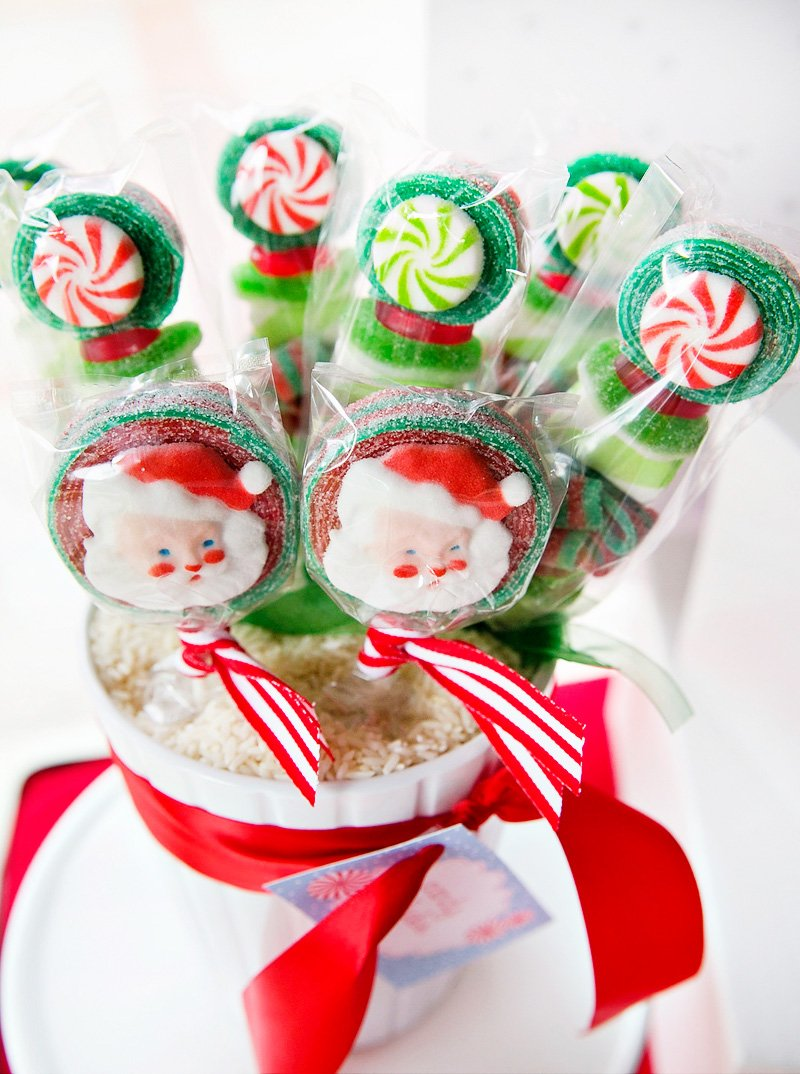 Christmas Birthday Image.Peppermint Plaid Christmas Themed Birthday Party