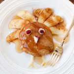 turkey pancakes with apple feathers
