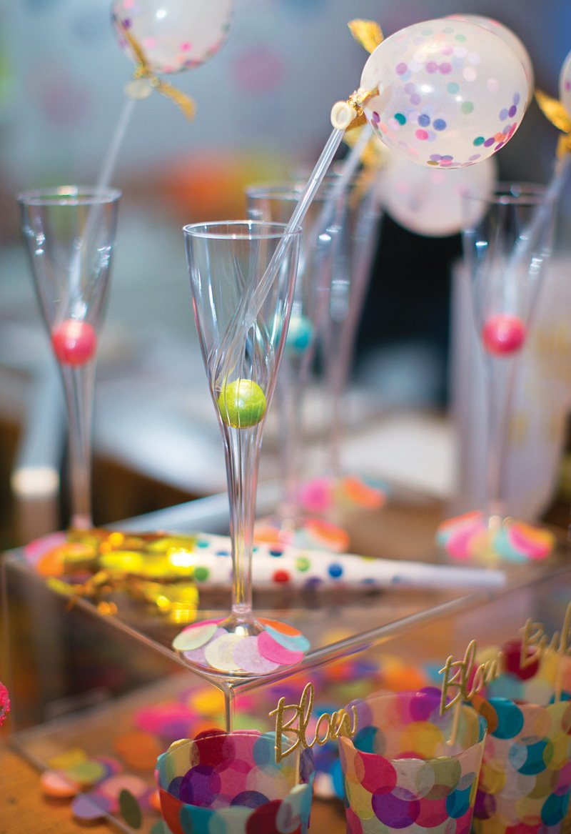 mini-balloon-drink-stirrers