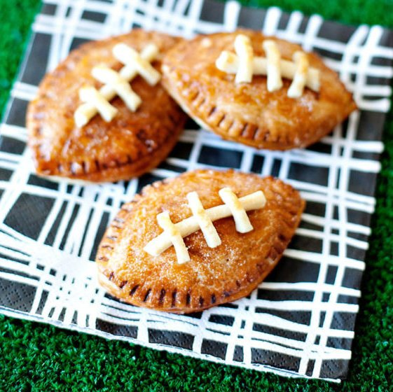 "{Game Day} Peanut Butter & Chocolate ""Pigskin"" Pies"