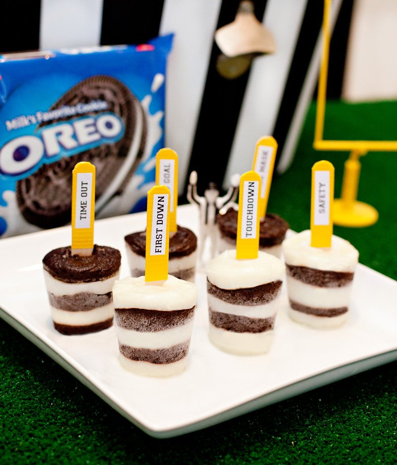 Game Day Referee Pudding Pops + Football Printables