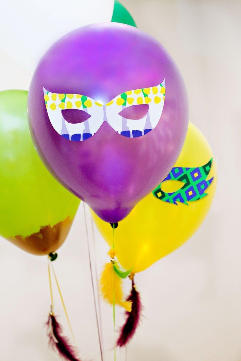 DIY Mardi Gras Mask Balloons