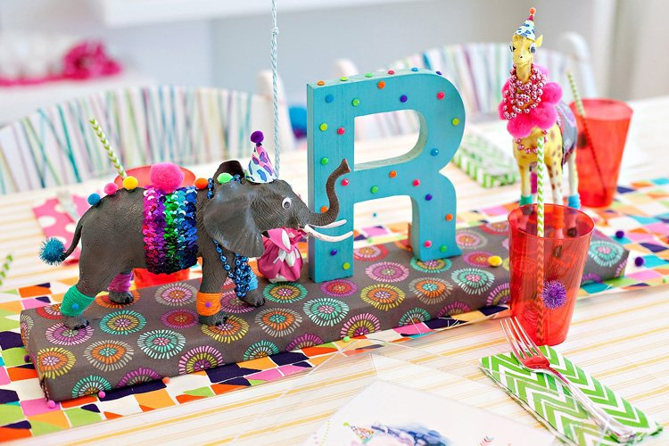 wacky-wild-animal-birthday-centerpiece_2