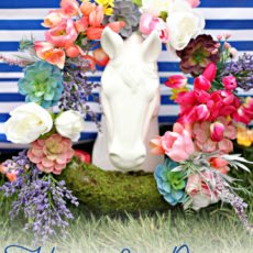 Kentucky Derby Horse Decoration with Flower Wreath