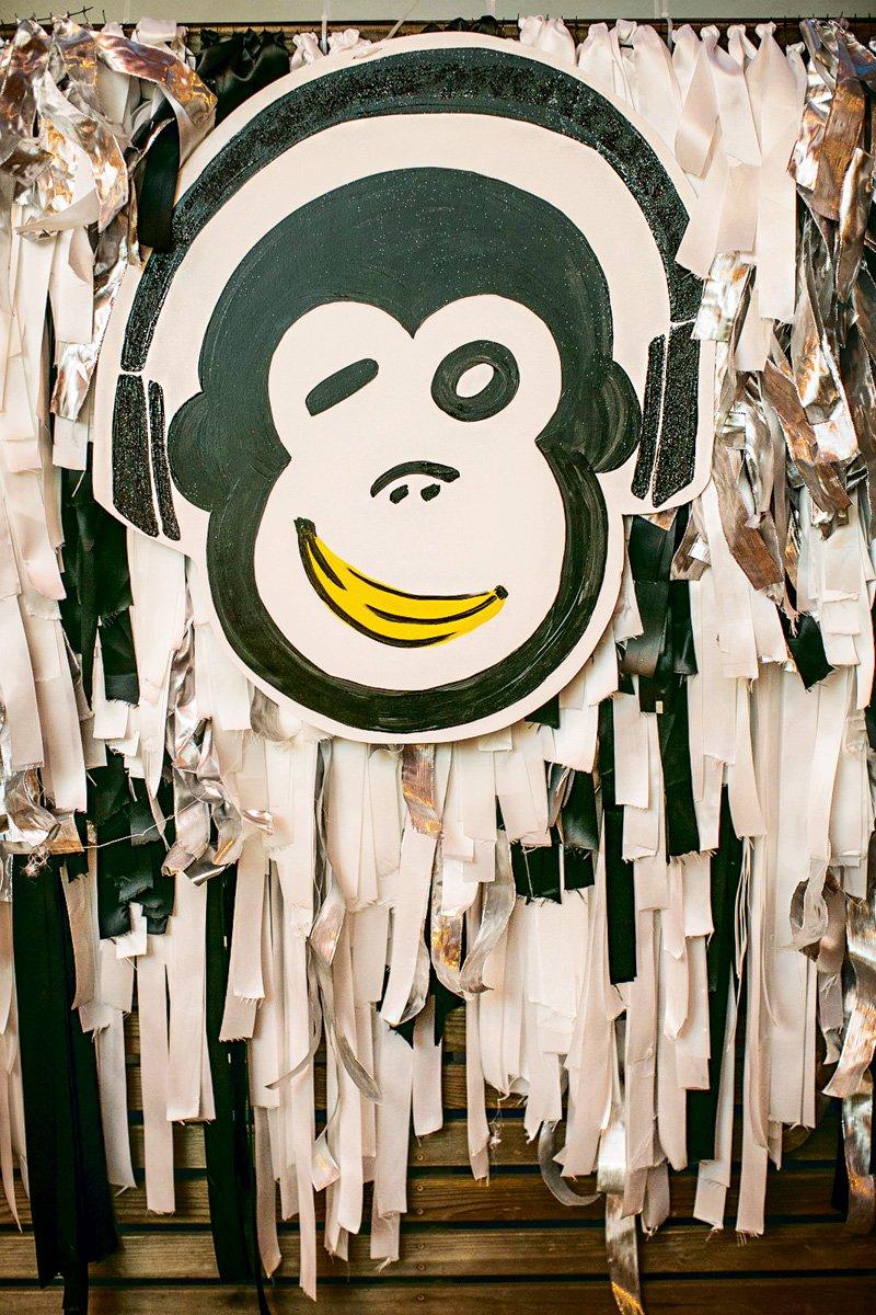DIY monkey backdrop