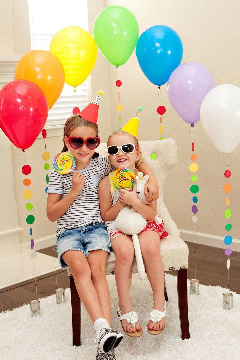 Rainbow Balloon Backdrop - Birthday Party