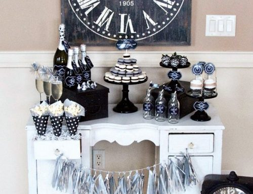 """Vintage Style """"Countdown"""" Party {Classic Black & White}"""