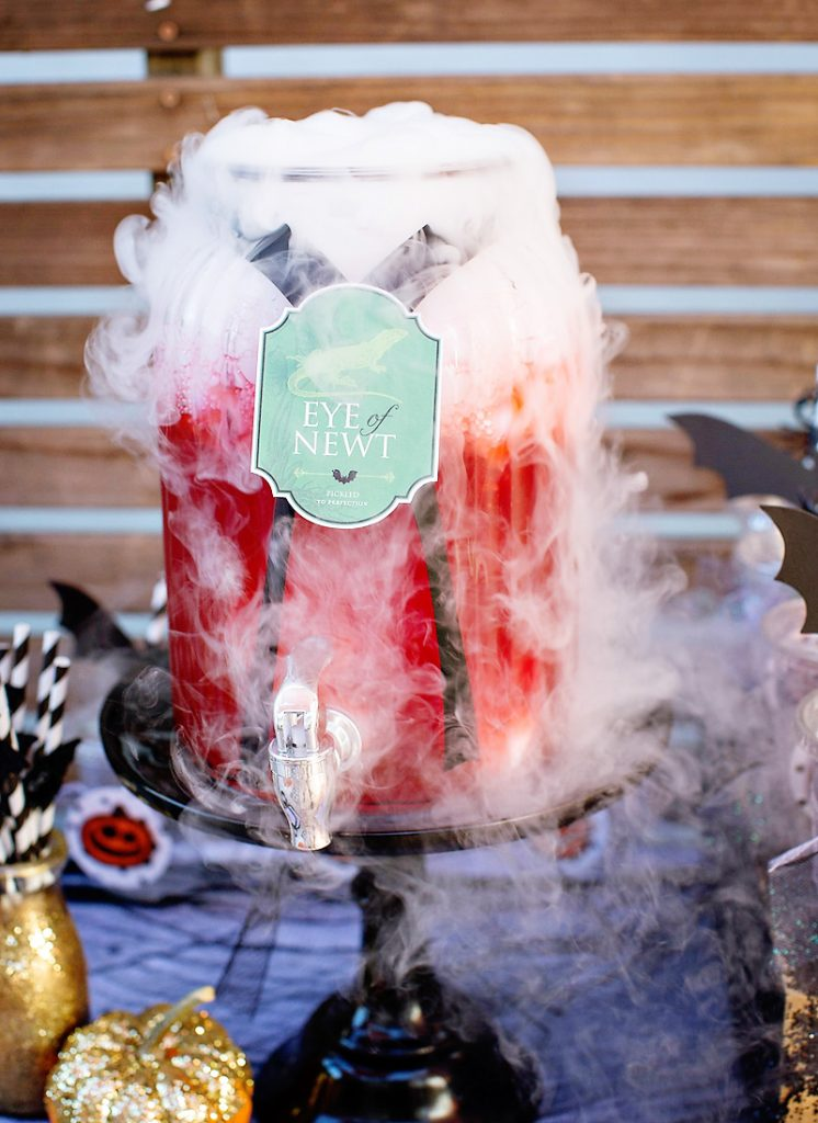 Halloween Party Punch - Eye of Newt with dry ice