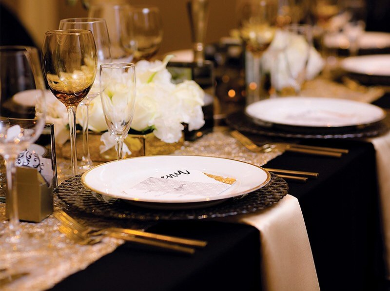 black and gold new year's eve table