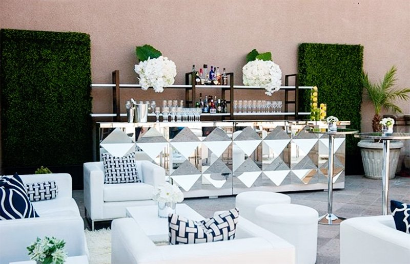 Choosing a Bar Style and Design for Your Event