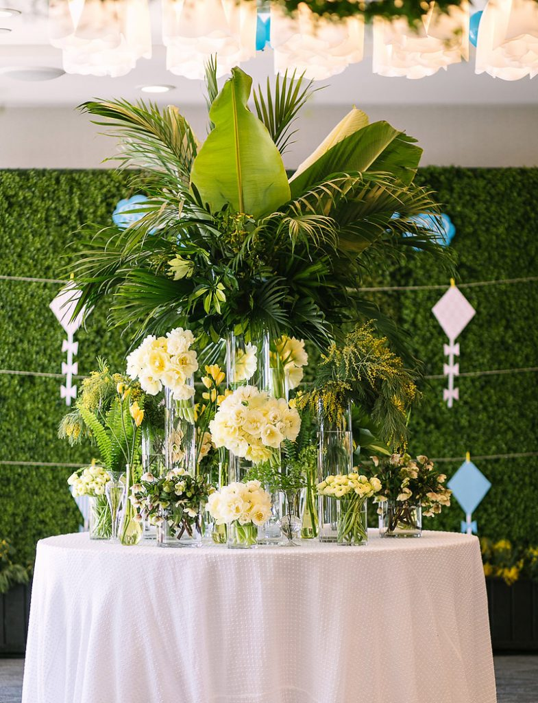 jungle party floral centerpieces