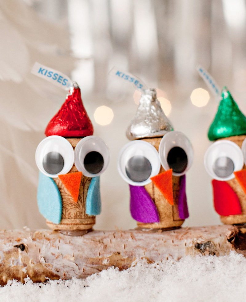 kids holiday craft cork owls