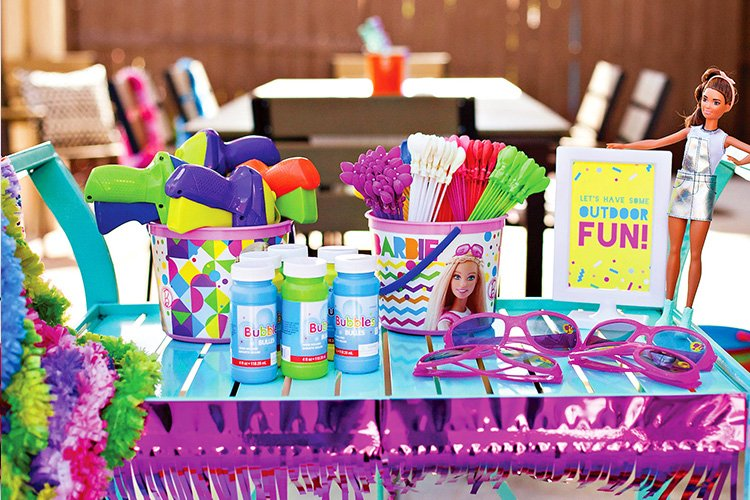 Barbie Inspired Summer Playdate (or Party) Ideas