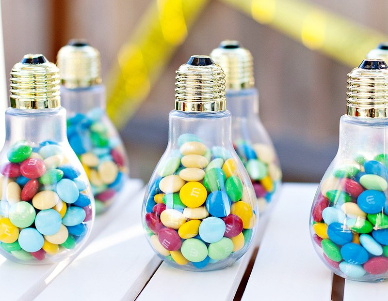 science party light bulb favors