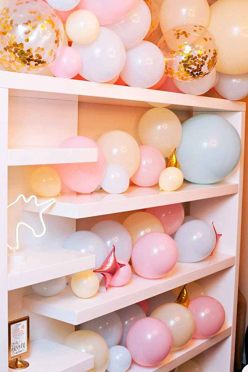 pastel balloon garland wall shelf
