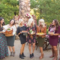Glam Friendsgiving Ideas