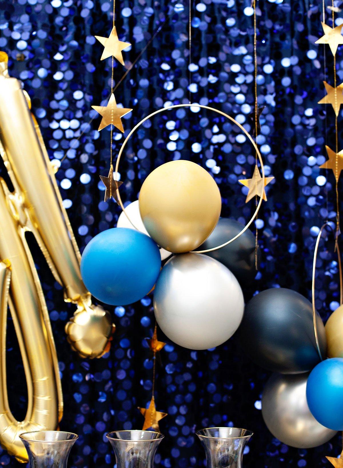 DIY Balloon Hoops Navy Gold