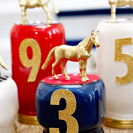 race horse centerpiece idea