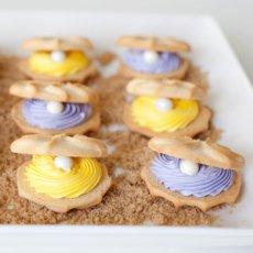 clamshell cookies mermaid party