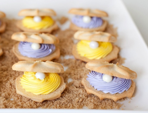Easy Clamshell Cookies (with Pearls!)