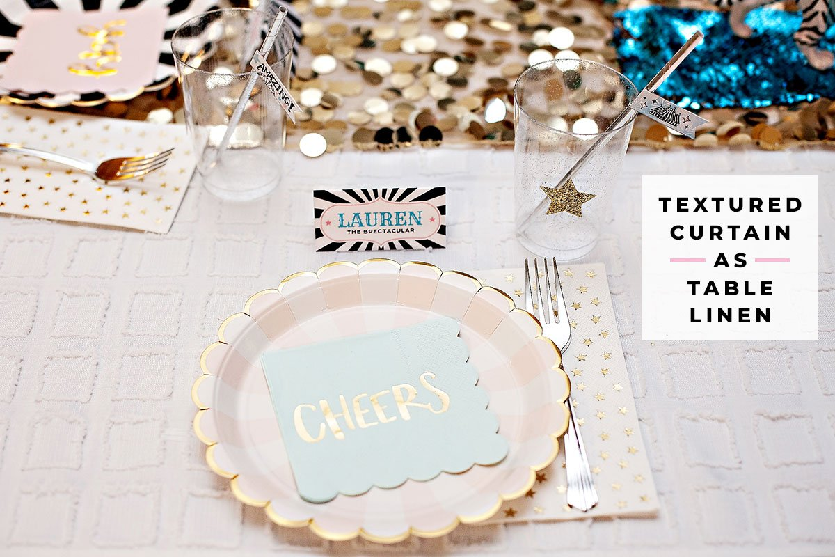 vintag circus party table setting