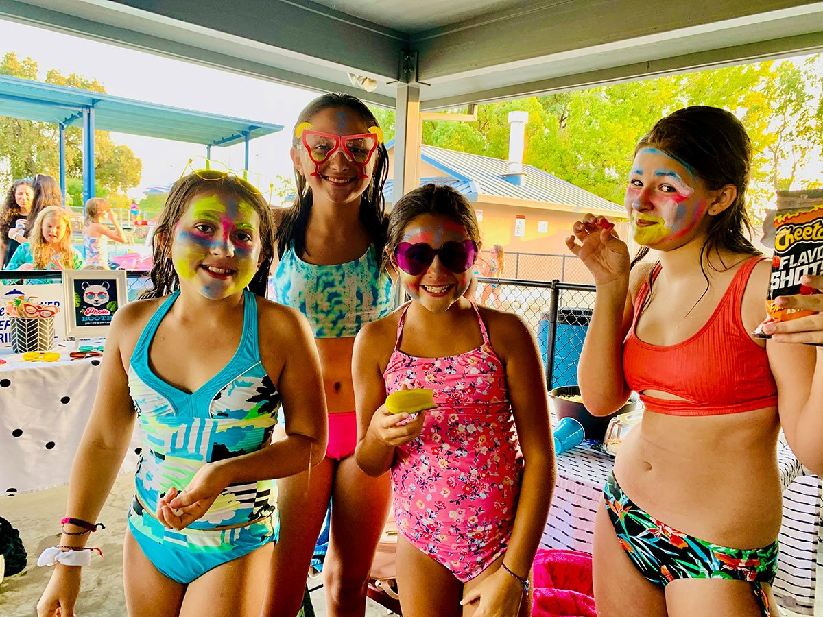 Summer Vibes Pool Party Ideas